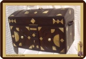 Tuareg leather storage chest ref GRD1XGMD