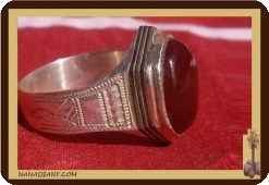 Tuareg Africa ring, silver and agate stone. 