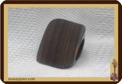 Bague en bois noir ébène massif ref 1404